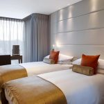cheval-three-quays-luxury-two-bedroom-river-view-twin-bedroom